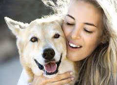 Canine Body Language – To Hug or Not To Hug | Canine Coaching